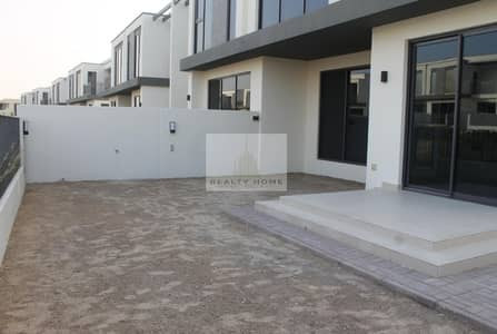 Brand New 4 bedroom + study + maid at Maple 3 for AED 145K