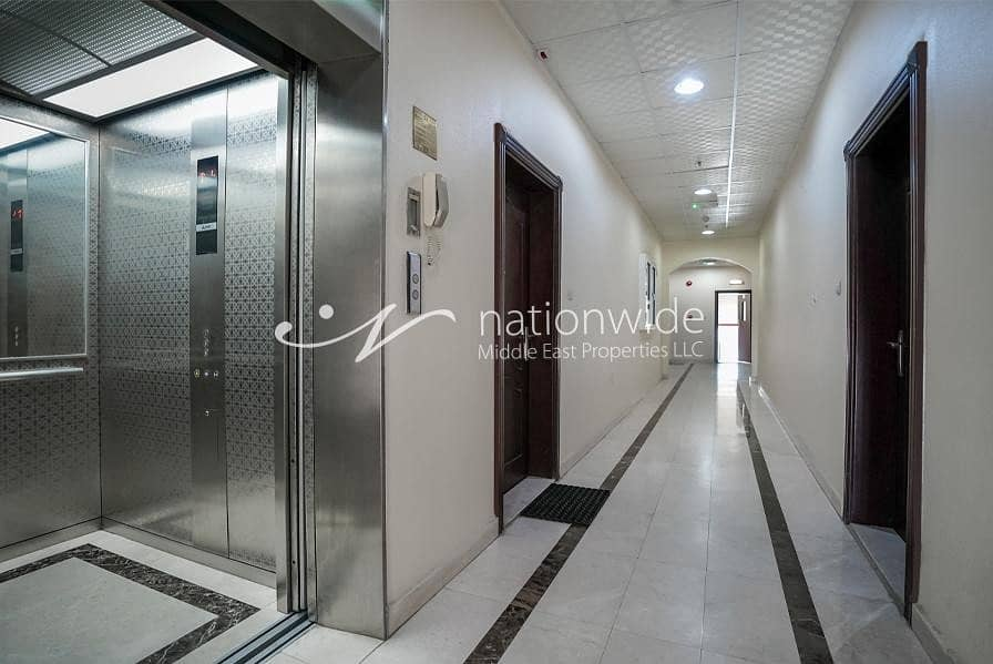 2 Attractive 2 bedrooms with elevator in Asharej for rent