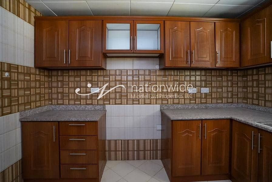 15 2 Bedrooms Hall 2 Bathroom parking in Asharej with good price