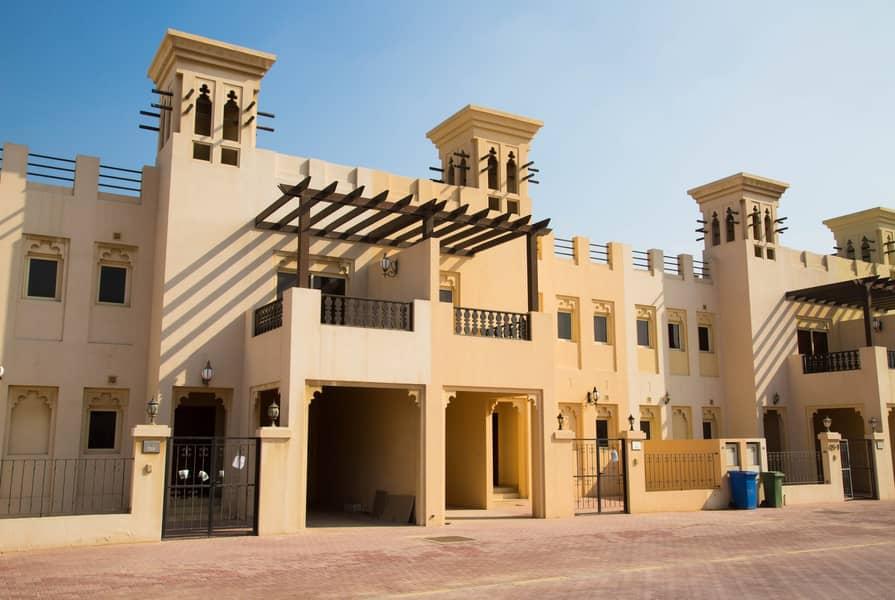 Amazing | 3BR Townhouse | Sale in Al Hamra village