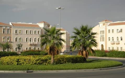 استوديو  للبيع في المدينة العالمية، دبي - شقة في الحي الإيطالي المدينة العالمية 205000 درهم - 5097963