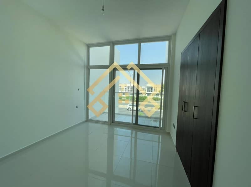 2 Best Price | Amazing 3BR Townhouse For Rent..!