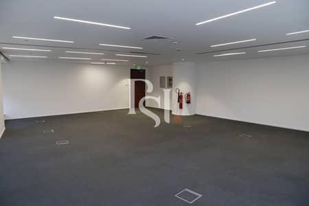 طابق تجاري  للايجار في بر دبي، دبي - Full Floor Office|Negotiable |Flexible |Near Metro