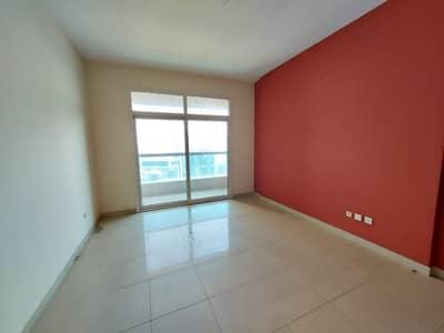 فلیٹ 1 غرفة نوم للايجار في المجاز، الشارقة - شقة في برج النخلة 3 المجاز 2 المجاز 1 غرف 27000 درهم - 5098483
