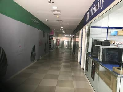 Shop for Sale in Jumeirah Lake Towers (JLT), Dubai - Retail Shop   For Sale   Close to Metro