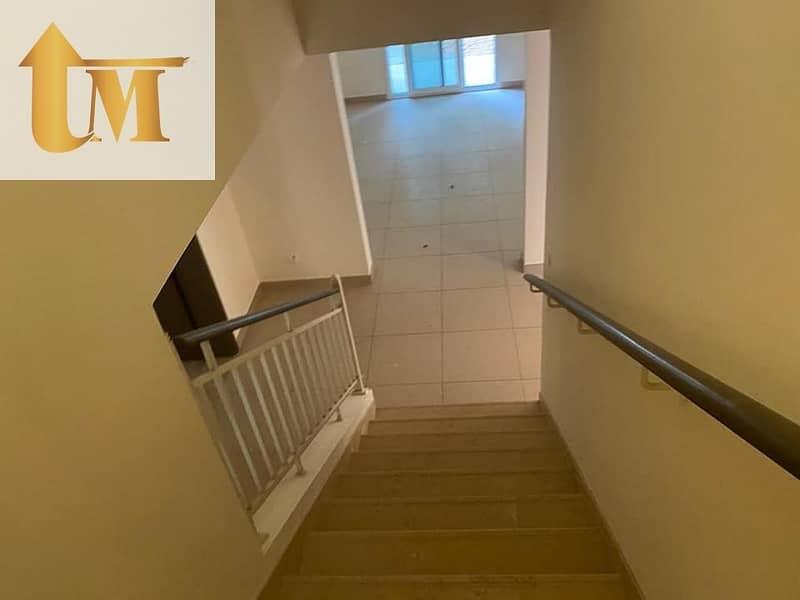 2 Cedre Villa! 5Bedroom Spacious Villa Ready to Move 180k/2 Cheques Silicon Oasis