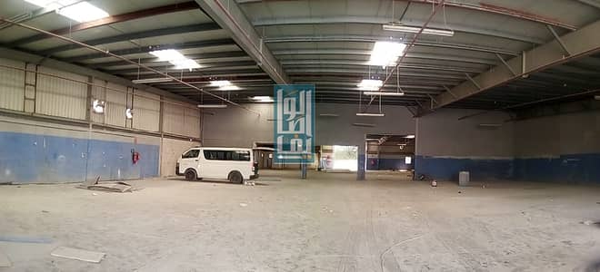 مستودع  للايجار في القوز، دبي - TAX FREE WELL INSULATED WAREHOUSE IN A PRIME LOCATION