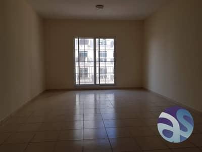 استوديو  للايجار في قرية جميرا الدائرية، دبي - Large Studio! with balcony ! Close to Circle Mall