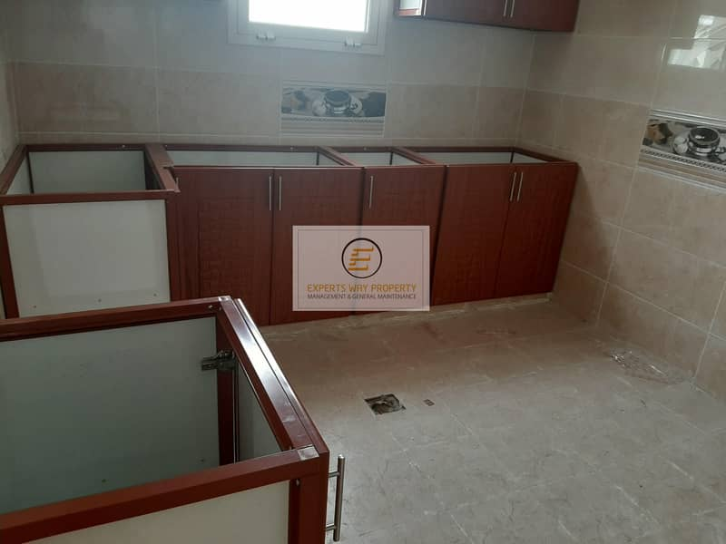 13 with private entrance amazing 2 bedrooms hall for rent