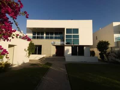 فیلا 5 غرف نوم للايجار في جميرا، دبي - Huge landscape garden l Maids room l Driver's room l Independent