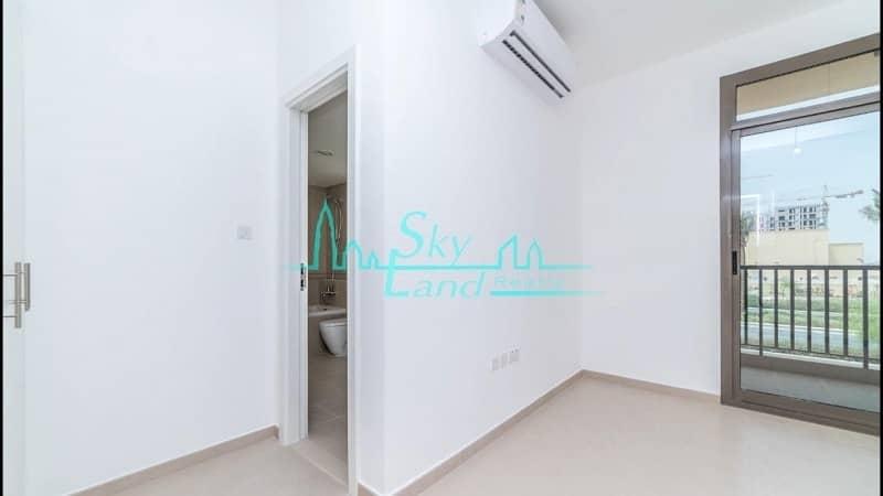 2 SINGLE ROW/ NEAR TO PARK & POOL /3 BEDROOMS + MAID