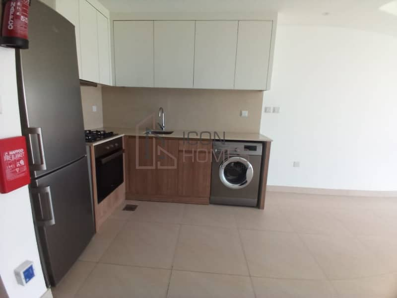 2 000|READY TO MOVE IN  BUILD IN KITCHEN APPLIANCES  in JVC   |