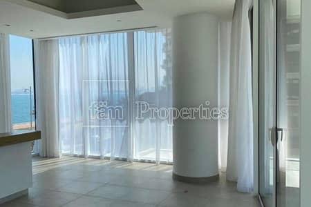 1 Bedroom Flat for Sale in Palm Jumeirah, Dubai - Stunning Corner Unit|Luxury Beach Front Living