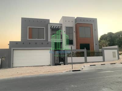 فیلا 6 غرف نوم للبيع في الفرجان، دبي - Modern  Style Spacious  Villa| 6BR+Maid+Majilis|  Fully CCTV  Covered