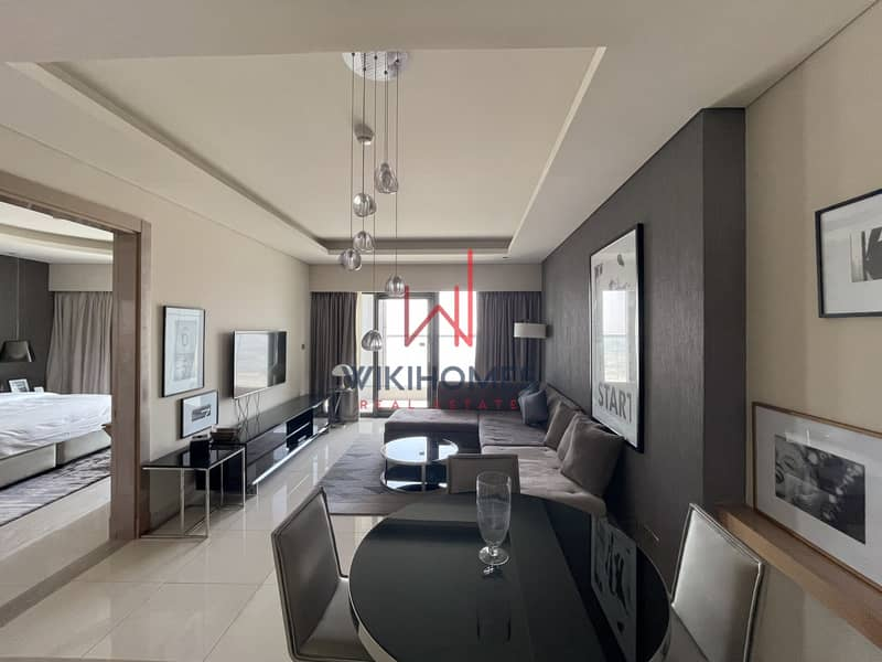 2 Skyline View   Luxurious Finish   Upscale Tower