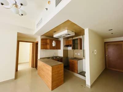 فلیٹ 1 غرفة نوم للبيع في المدينة العالمية، دبي - شقة في ليدي راتان ماينور منطقة مركز الأعمال المدينة العالمية 1 غرف 310000 درهم - 5099845