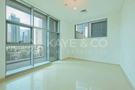 3 Bedroom Apartment for Sale in Downtown Dubai, Dubai - Spacious Layout|Podium Apartment|Road View