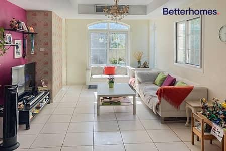 فیلا 2 غرفة نوم للايجار في الينابيع، دبي - 4E | Extended Living Room| Upgraded Kitchen