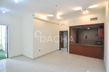 1 Bed / Unfurnished / Ideal location
