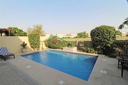فیلا 2 غرفة نوم للايجار في الينابيع، دبي - Full Upgraded - Private Pool - Furnished