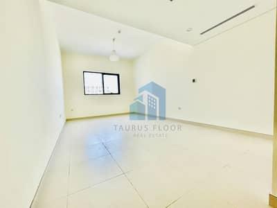 فلیٹ 3 غرف نوم للايجار في ند الحمر، دبي - العلامة التجارية الجديدة شقة 3 غرف نوم مع غرفة خادمة، 12 الدفعات، 1 شهر مجانا