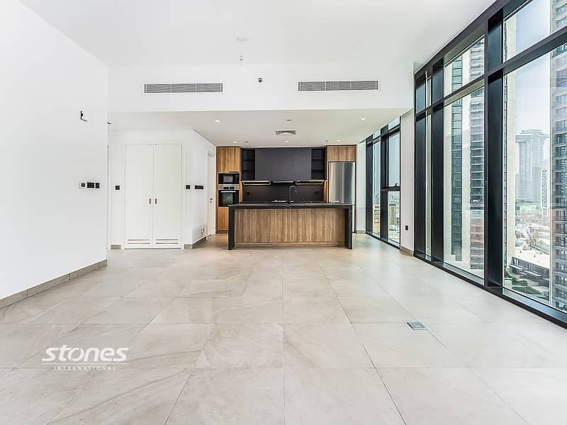 Contemporary   Spacious   Brand New   4 Cheques
