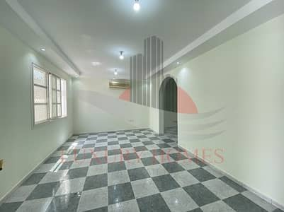 5 Bedroom Villa for Rent in Al Jimi, Al Ain - Private Entrance with Balcony Front and Backyard