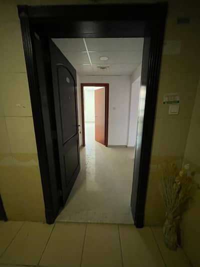2 Bedroom Flat for Rent in Al Rashidiya, Ajman - For rent a very large apartment with an area of 1566 feet in Al Rashidiya Towers, two rooms and a hall with 2 bathrooms, in a very privileged location and close to all services such as Nesto Hypermarket and Ajman Society Markets, and also near Ajman Cor