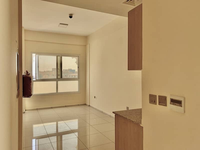 2 Direct From Landlord   Brand-new   Full Building   62 Studio Apartments