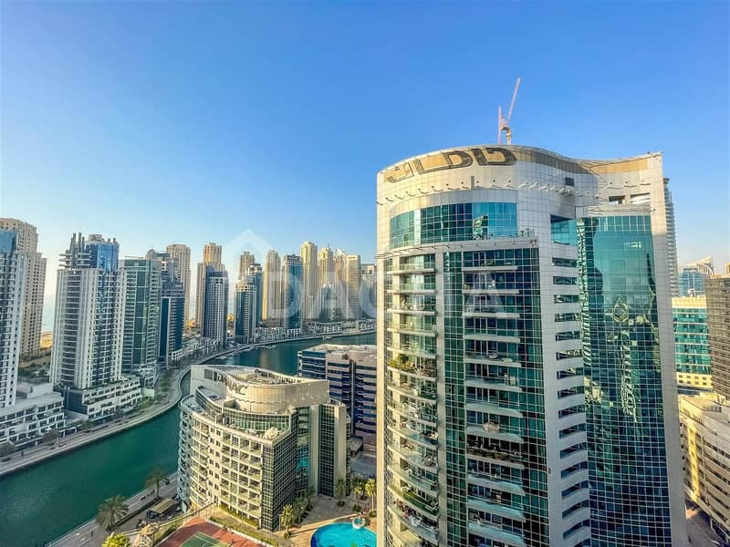 11 Marina view / large balcony / chiller free