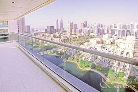 2 Bedroom Flat for Rent in The Views, Dubai - 2 Bedrooms | Large Balcony | Chiller Free