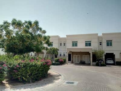 تاون هاوس 2 غرفة نوم للايجار في الغدیر، أبوظبي - HOTTEST DEAL!!! Fully Furnished Upgraded Townhouse For 75K