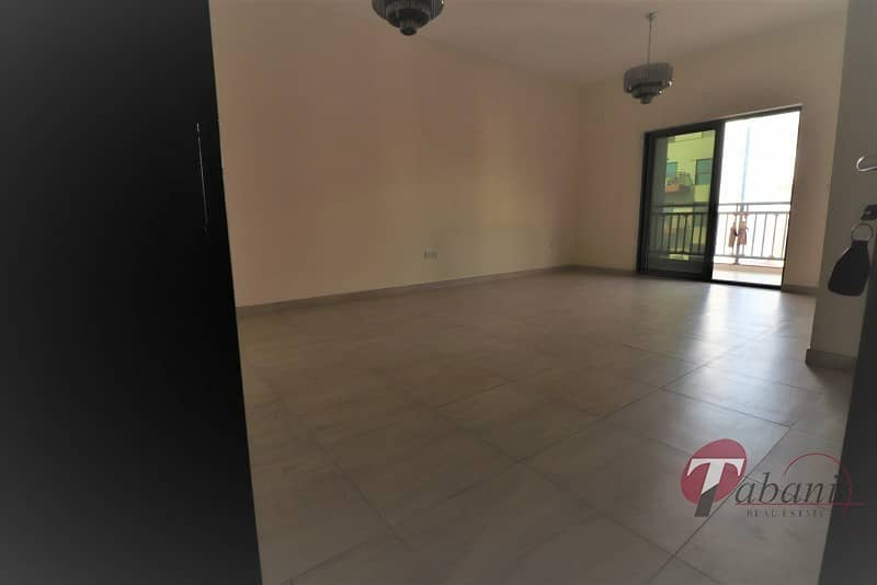 14 Chiller free |Near Metro|Close kitchen|Pool view