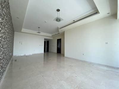 شقة 3 غرف نوم للايجار في الخليج التجاري، دبي - Canal View | High Floor | 4BR + Maids |Unfurnished