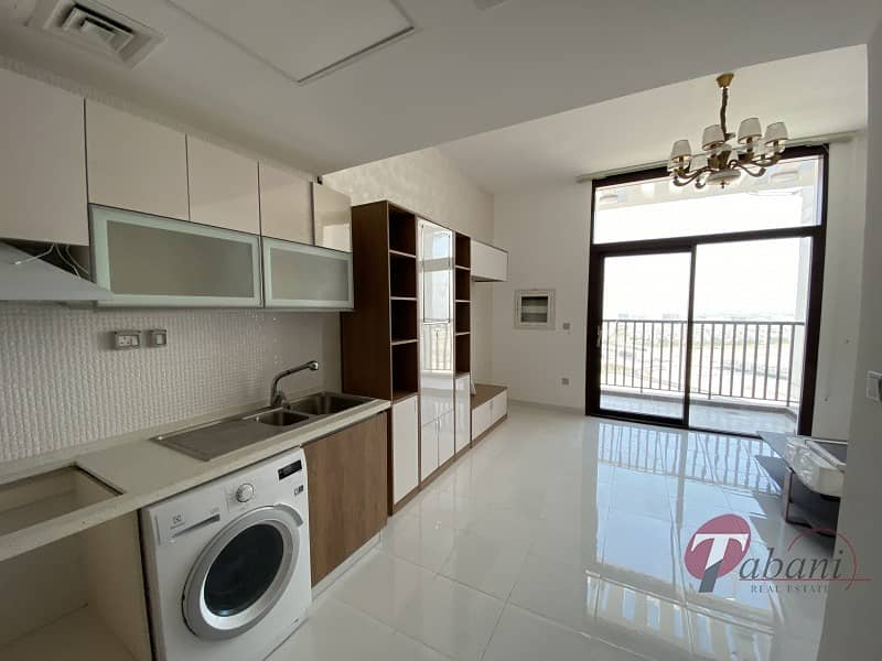 2 Brand New furnished  Close to metro Great location