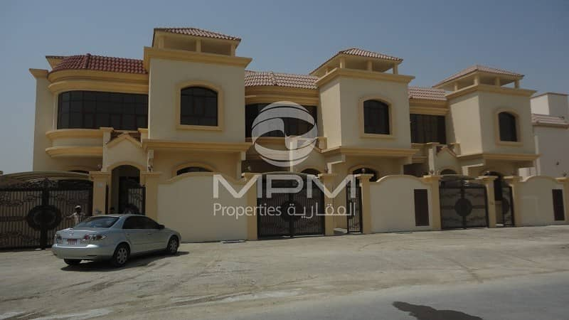 5 Bedroom Compound Villa With Maid's Room