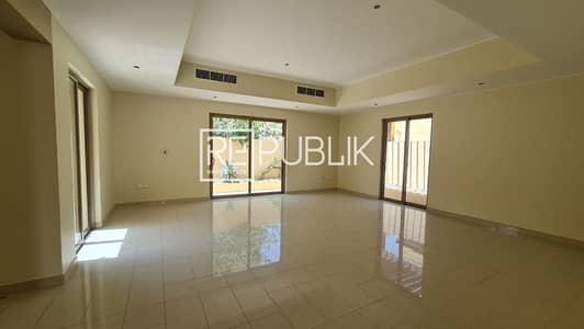 فیلا 3 غرف نوم للايجار في حدائق الراحة، أبوظبي - Good Deal for 3 Beds Villa Type S in Peaceful Area