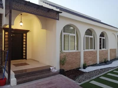فيلا مجمع سكني 6 غرف نوم للبيع في ديرة، دبي - مجمع فيلتين بمنطقه ابوهيل  للبيع بسعر معقول جدا (كامبوند)