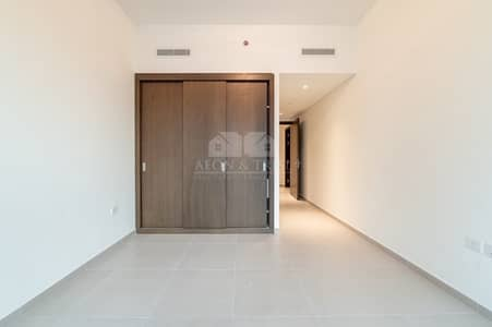 3 Bedroom Flat for Rent in Downtown Dubai, Dubai - Spacious 3 BHK  | Chiller free | Brand new