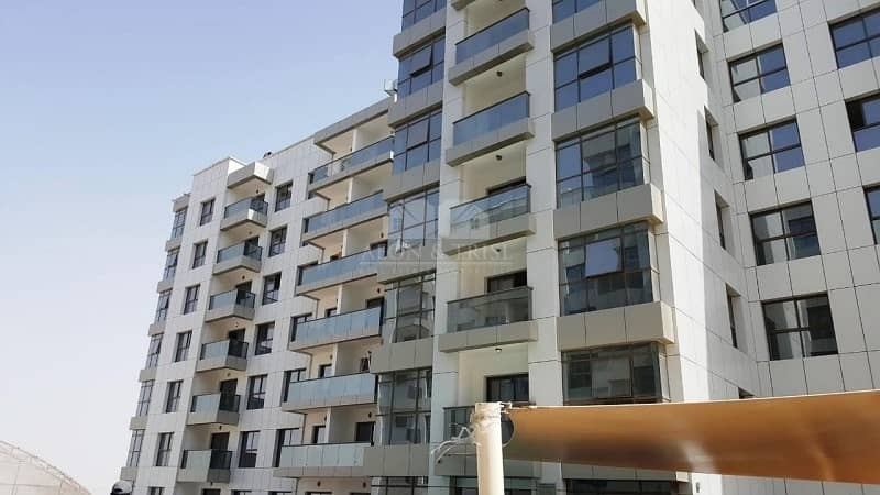 2 Brand new gorgeous 2 beds in Green Diamond