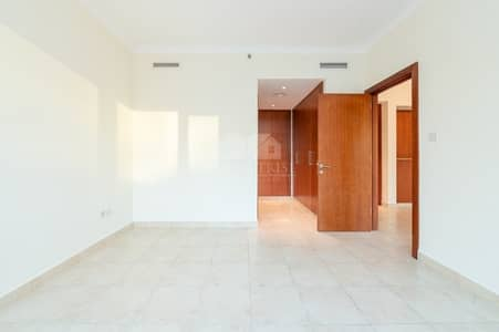 1 Bedroom Apartment for Sale in The Views, Dubai - Fairways Large Layout Two Bath plus Storage Bright and Well Maintained 1 BR