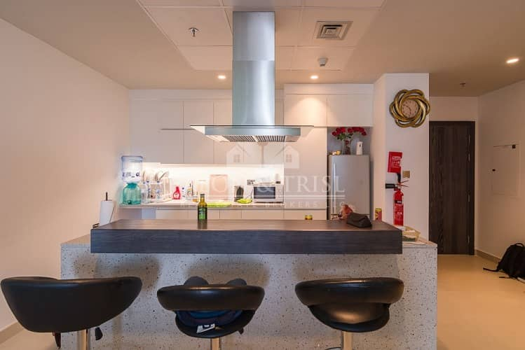 2 Excellent Location   2 Bed Pool and Garden Facing in Oia Residence