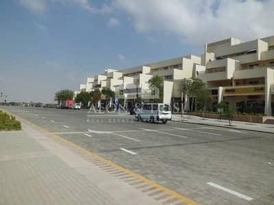 محل تجاري  للبيع في موتور سيتي، دبي - Great ROI! Large Retail shop, Motor City