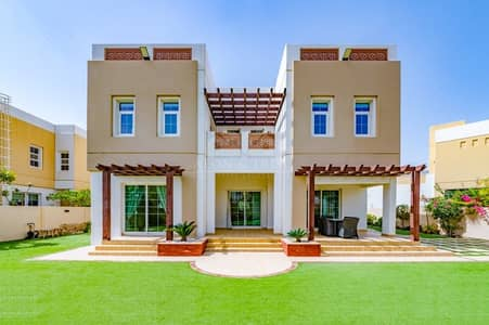 4 Bedroom Villa for Sale in Mudon, Dubai - Ready to Move in and Brand New 4 Bed | Lake View