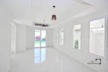 تاون هاوس 2 غرفة نوم للبيع في الينابيع، دبي - Private Pool |Upgraded 2+Maid| Opposite canal