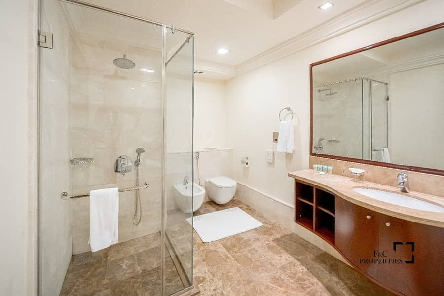 16 Garden Unit | Large Layout | Great Condition
