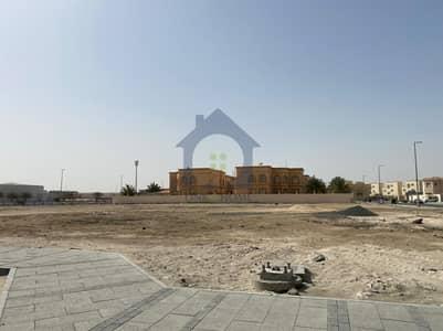 ارض سكنية  للبيع في الشوامخ، أبوظبي - For Sale Residential land in Al Shawamekh city