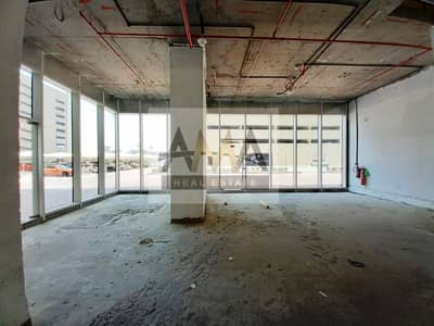 Showroom for Rent in Sheikh Zayed Road, Dubai - SZR PRIME LOCATION SHOP 2905SQ.FT BACK SIDE