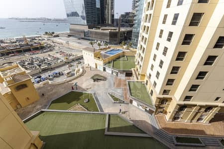1 Bedroom Flat for Rent in Jumeirah Beach Residence (JBR), Dubai - Fully Furnished and Huge Apt | Sea Views