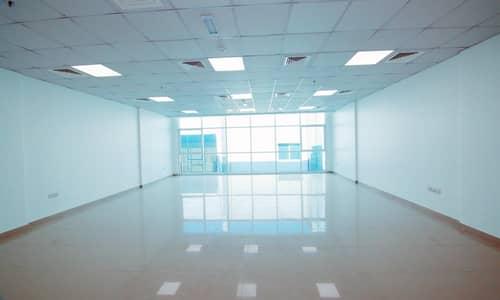 مکتب  للايجار في ند الحمر، دبي - Inclusive Offices for Ladies | Bright & Clean